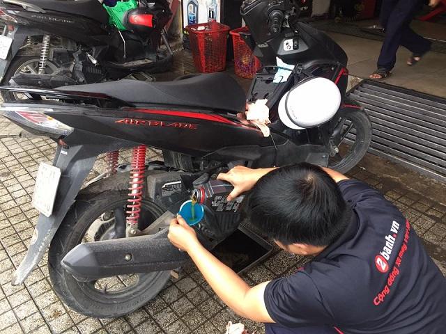 Tổng hợp nhớt tốt nhất cho air blade 125 hiện nay tại nhotchinhhangvn - 7