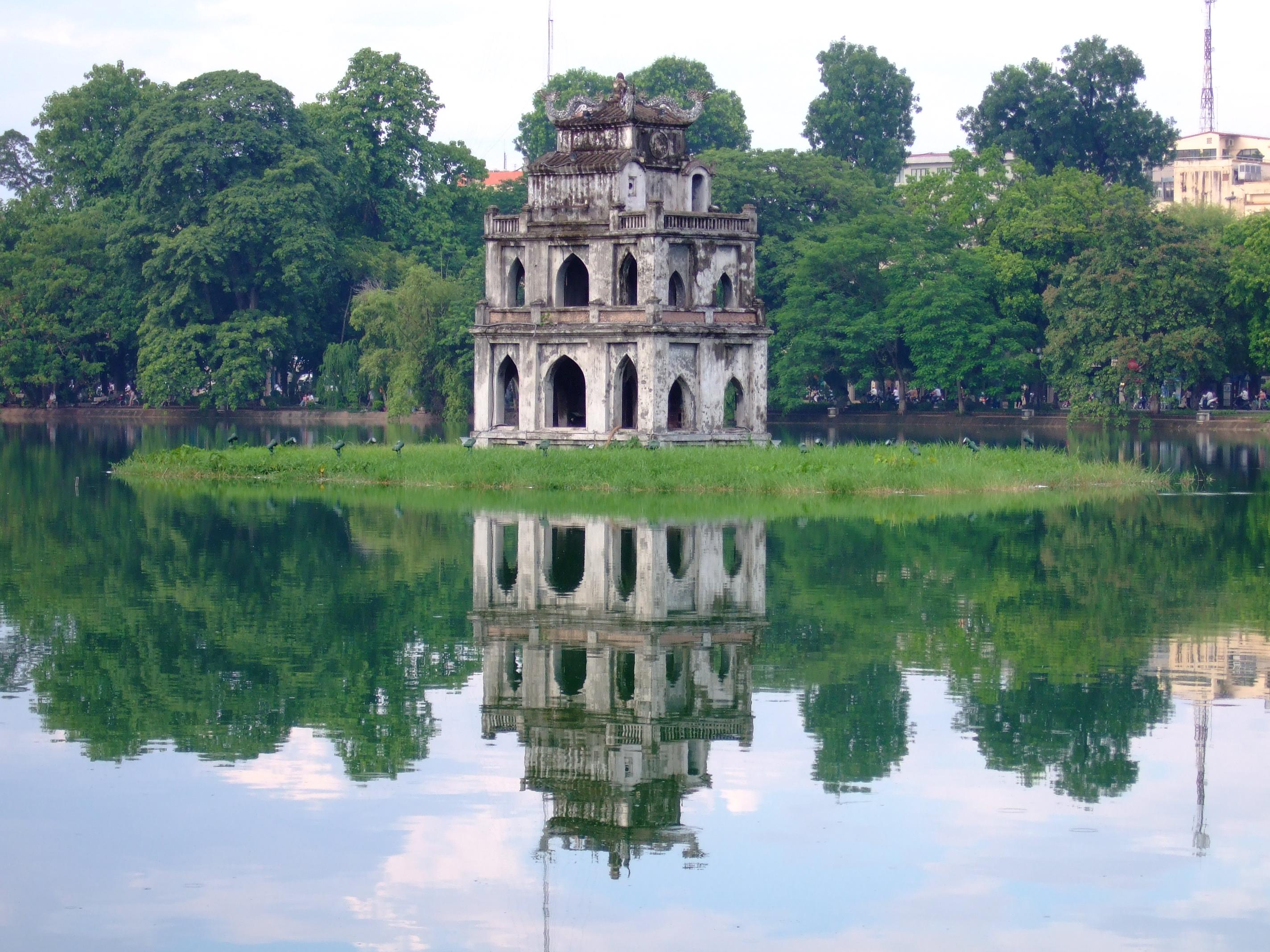Bán nhớt Repsol chính hãng tại Hà Nội