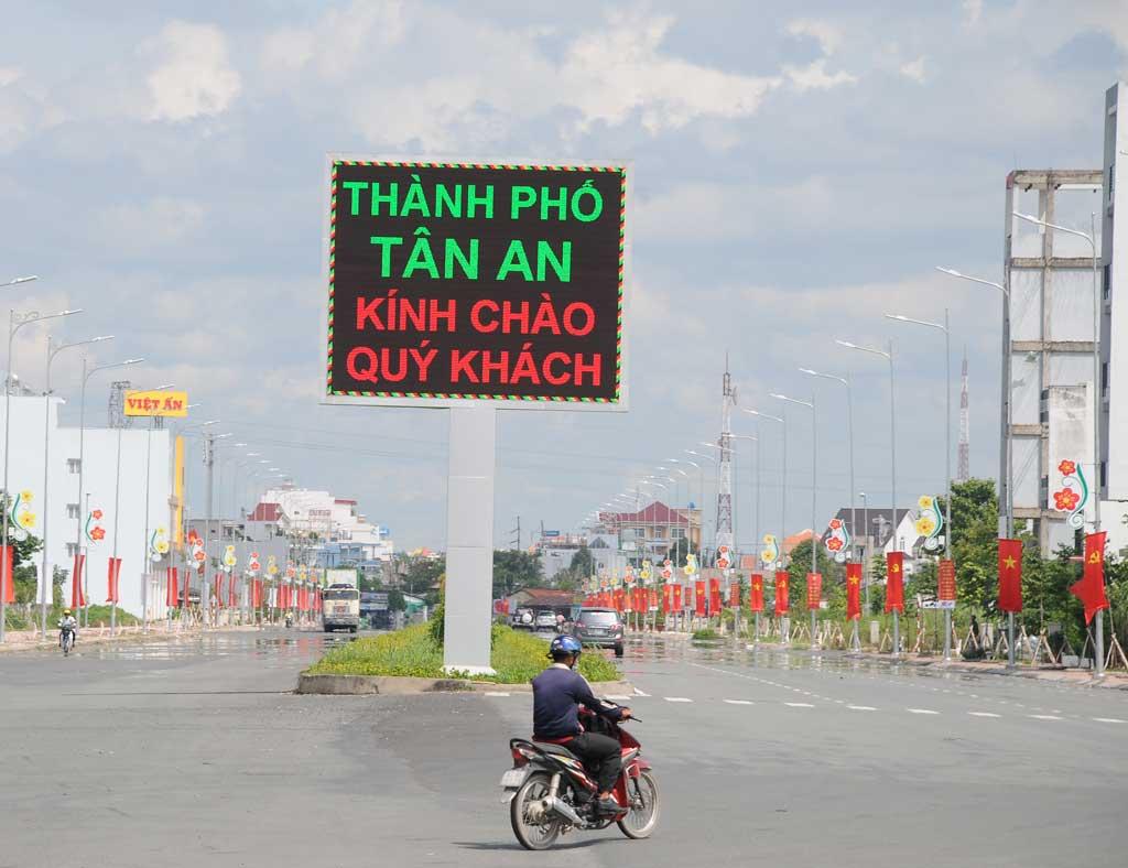 Bán nhớt Shell Advance chính hãng tại Tân An